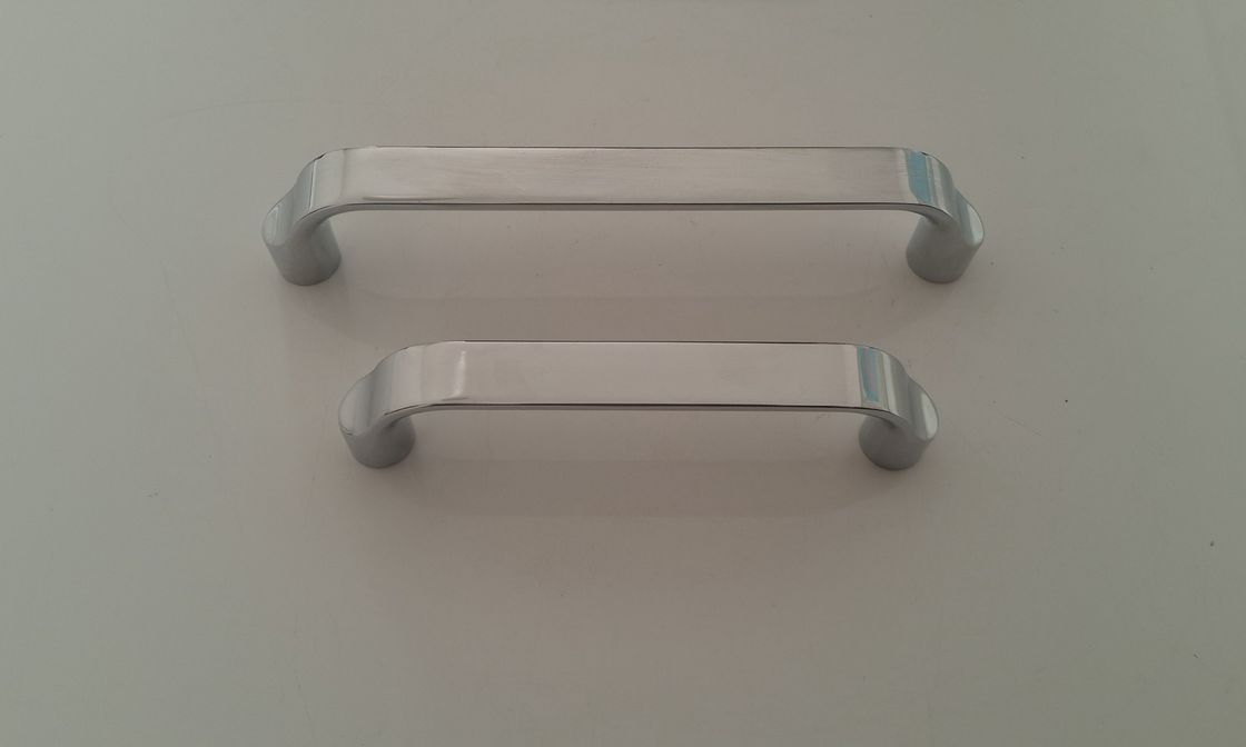 Zinc alloy Furniture Handles And Pulls , Metal Hardware For Kitchen Cabinets Model 6002